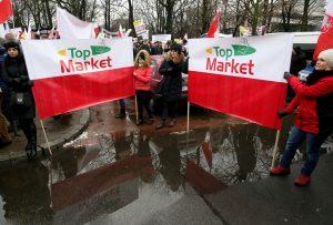 Demonstracja pod Sejmem RP, sklep TopMarket, Polska Grupa Supermarketów PGS